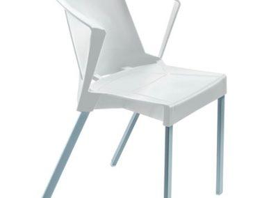 Cadeira de Plástico Curitiba (1)